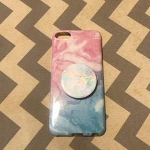 iPod touch case w/ pop socket